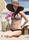 megan-fox-bikini-candids-in-hawaii-adds-48