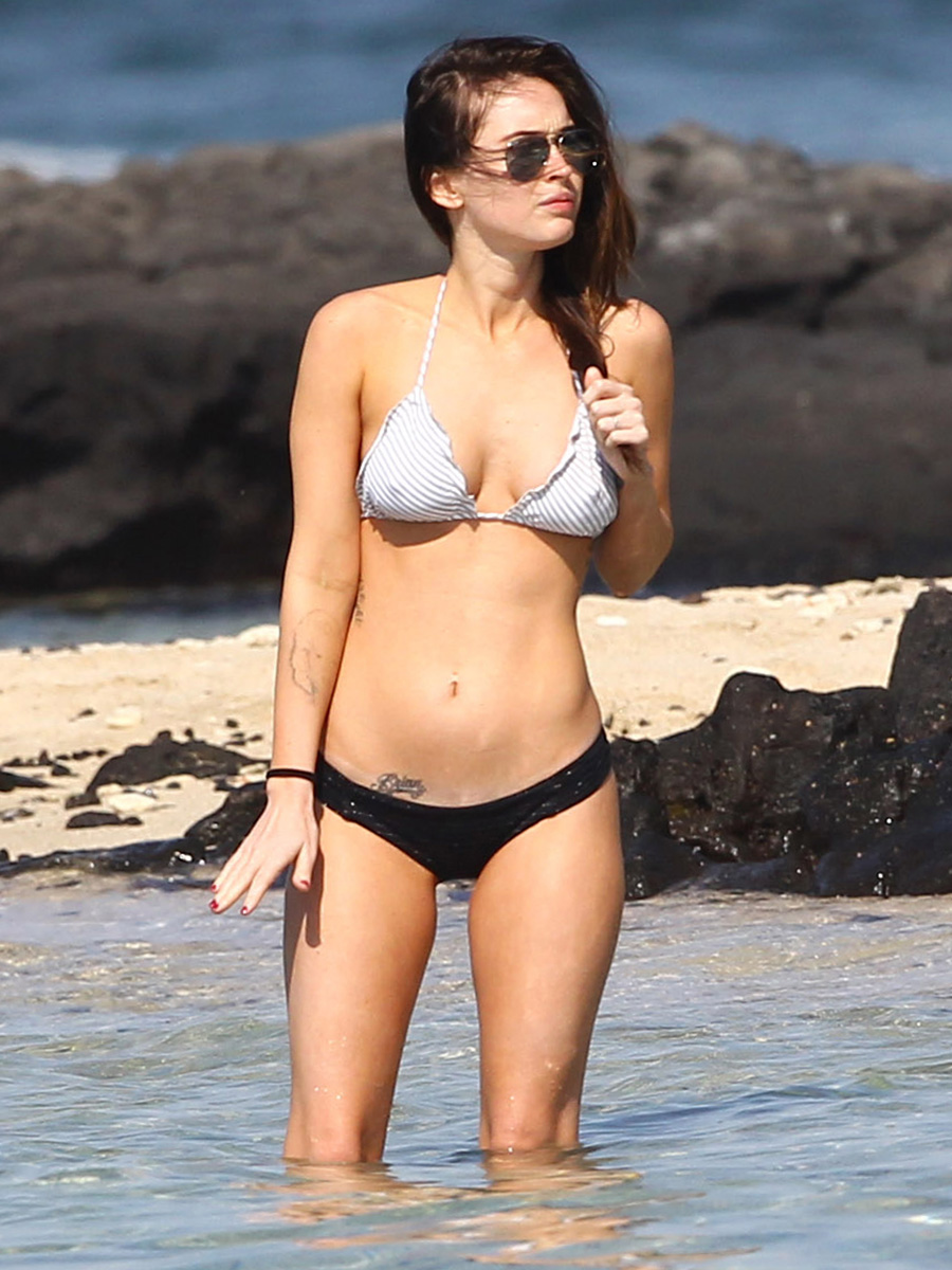 megan-fox-bikini-candids-in-hawaii-adds-50