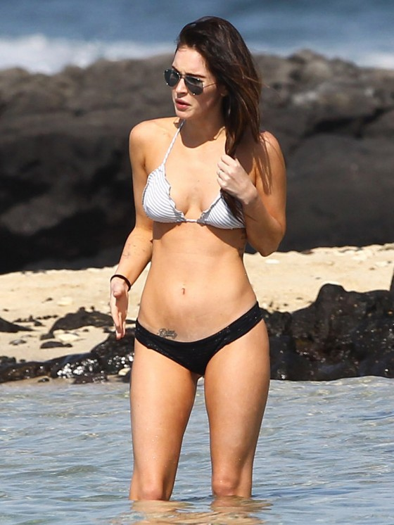 megan-fox-bikini-candids-in-hawaii-adds-55