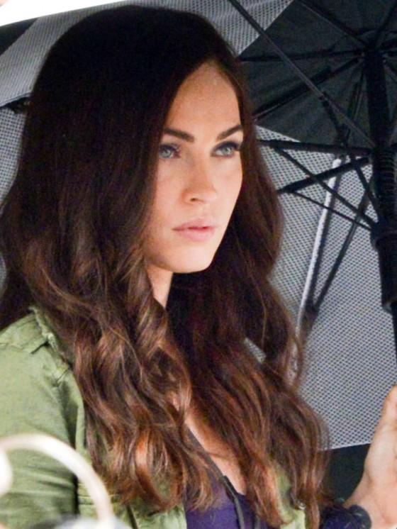 Megan Fox in on Set of Teenage Mutant Ninja Turtles-11