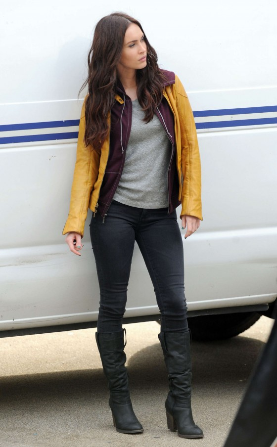 Megan Fox in Tight Jeans on The Set of TMNT -22