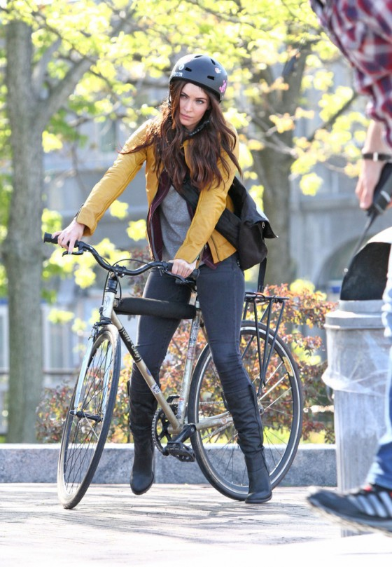 Megan Fox - on the set of TMNT in Manhattan -12