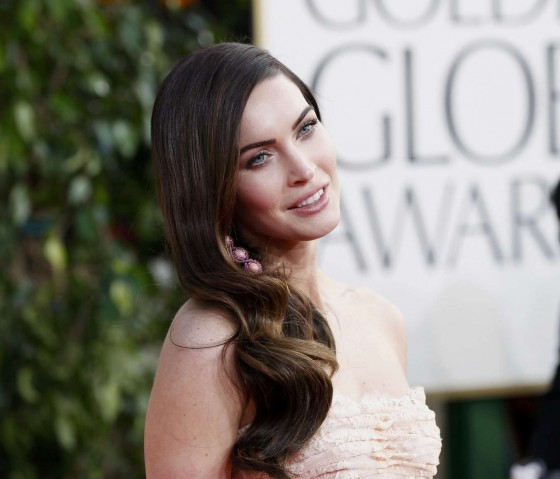 Megan Fox at 2013 Golden Globe Awards-03