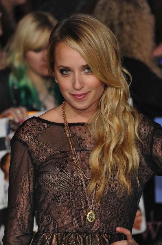 "Megan Park - ""Twilight Saga: Breaking Dawn Part1 "" premiere in LA (2011)"