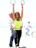 melanie-brown-tight-candids-at-the-beach-in-santa-monica-09