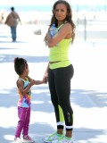melanie-brown-tight-candids-at-the-beach-in-santa-monica-10