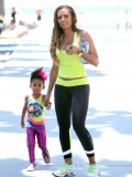 melanie-brown-tight-candids-at-the-beach-in-santa-monica-16