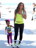 melanie-brown-tight-candids-at-the-beach-in-santa-monica-18