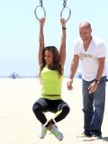 melanie-brown-tight-candids-at-the-beach-in-santa-monica-20