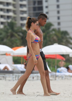 Melissa Satta – New Bikini Candids in Miami (June 2012)