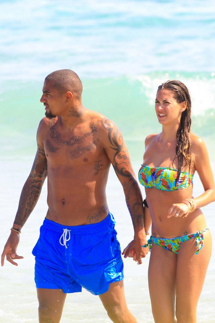 Melissa Satta – Bikini Candids in Ibiza -06