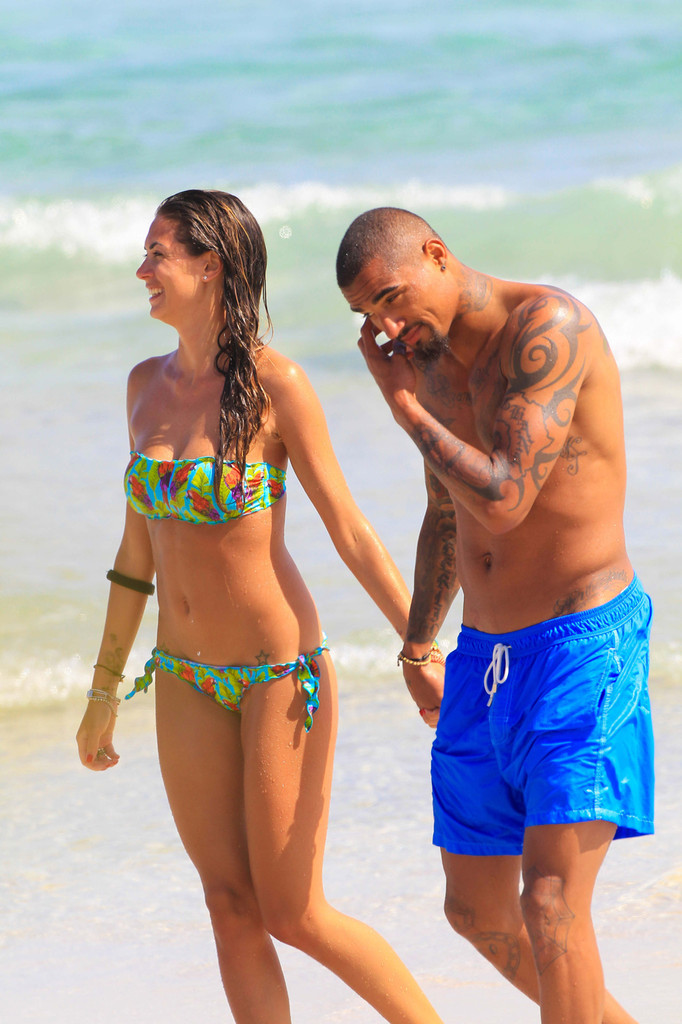 Melissa Satta – Bikini Candids in Ibiza -32