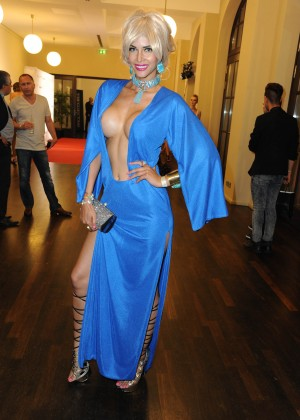 Micaela Schaefer: 2014 Fashion Week -01