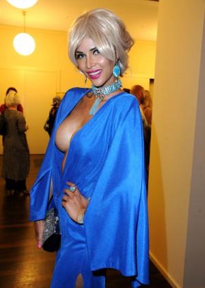 Micaela Schaefer: 2014 Fashion Week -02