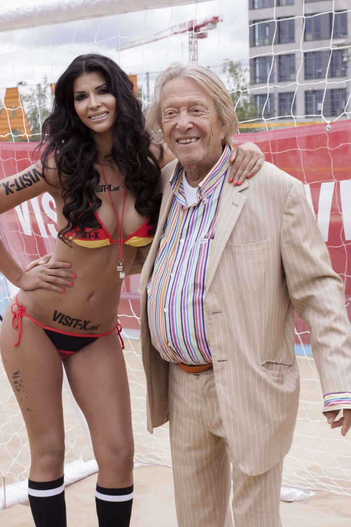 Micaela Schaefer: SexySoccer 2014 -03