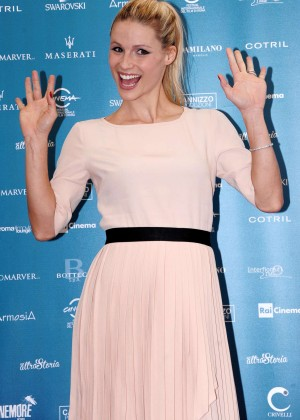 Michelle Hunziker - 'Doppia Difesa' Photocall at 9th Rome Film Festival in Italy
