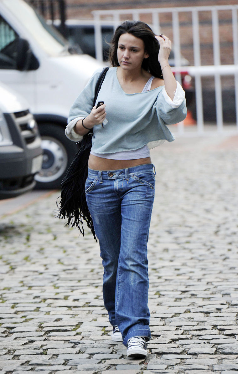 michelle-keegan-jeans-candids-and-ripped-top-09   GotCeleb