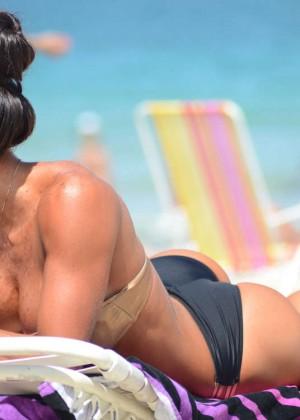 Michelle Lewin Hot Bikini Photos -03