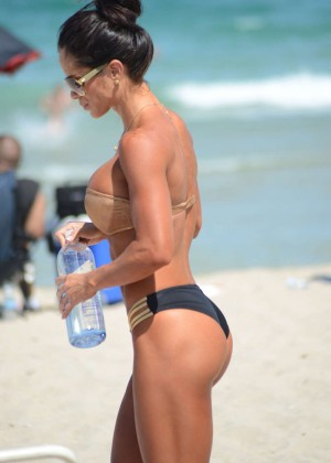 Michelle Lewin Hot Bikini Photos -10