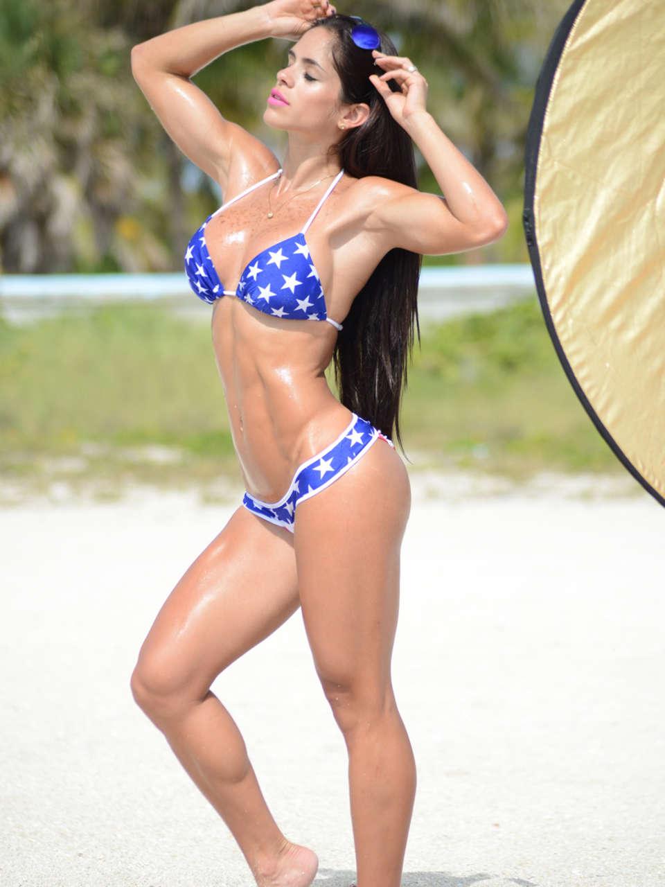 Michelle Lewin 2014 : Michelle Lewin Bikini Photos: Miami-09