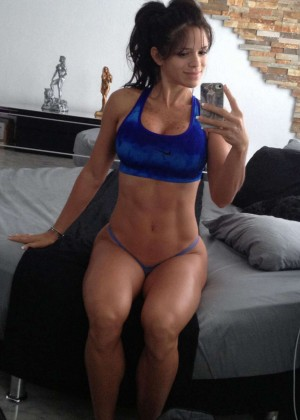 The 13 Hottest Michelle Lewin Photos -06