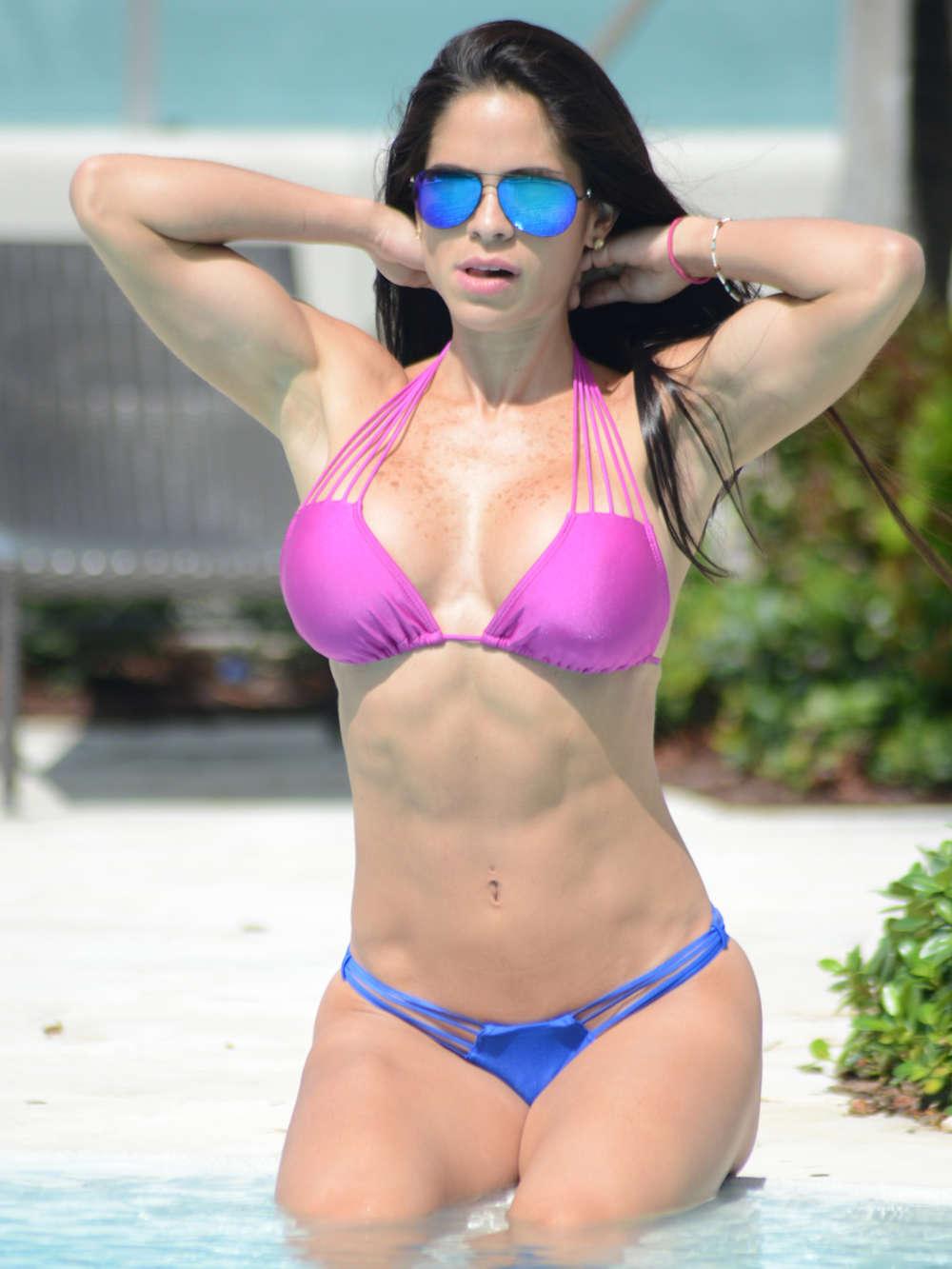 Bikini Michelle Lewin naked (98 photos), Sexy, Paparazzi, Selfie, swimsuit 2018