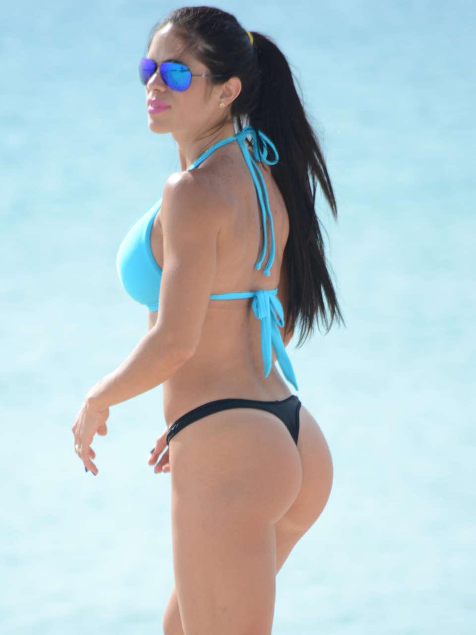 Michelle Lewin 2014 : Michelle Lewin Bikini Photos: on Miami Beach-06