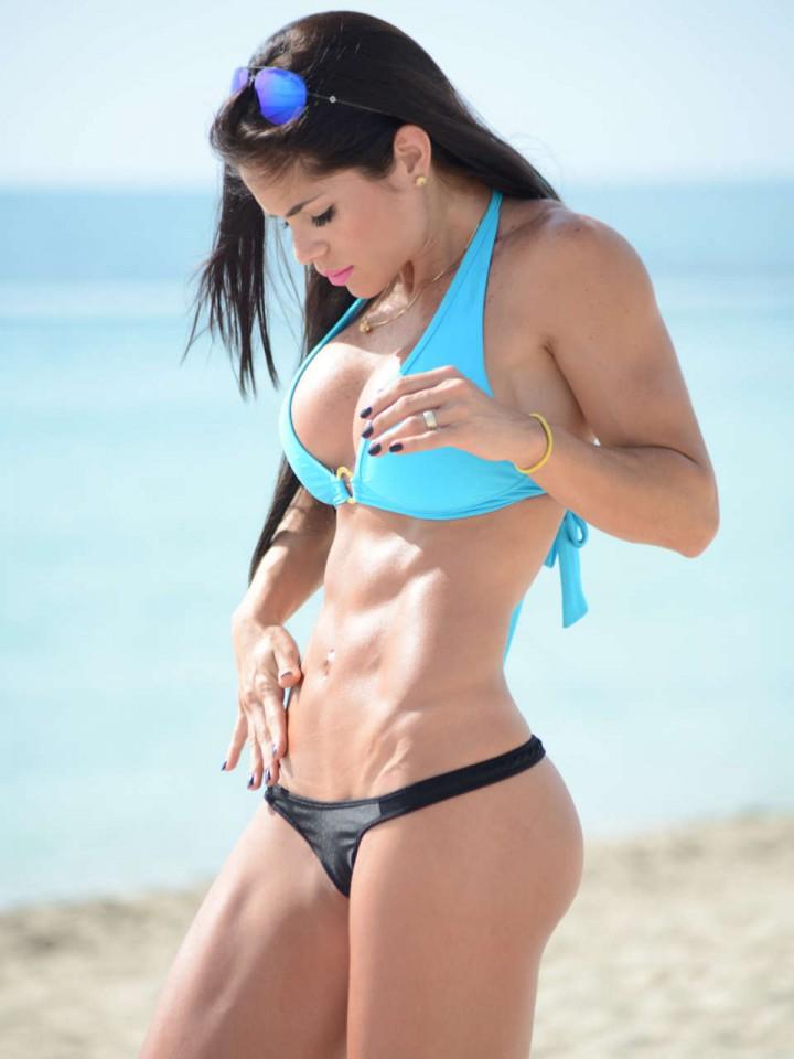 Fotos de bikini tanga Miami Beach