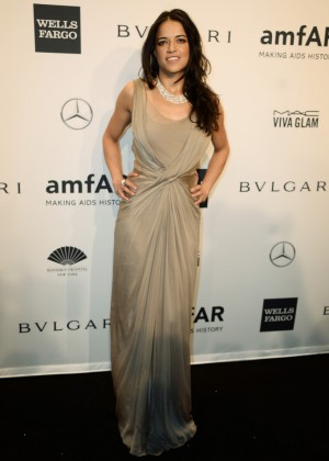 Michelle Rodriguez: 2014 amfAR New York Gala -01