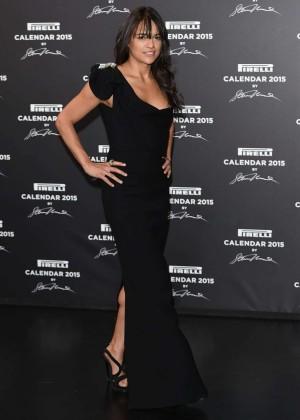Back to post Michelle Rodriguez – Pirelli Calendar Event in Milan