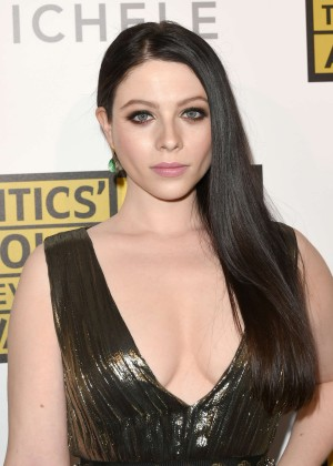 Michelle Trachtenberg - 4th Annual Critics Choice Television Awards -08
