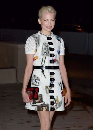 Michelle Williams - Foundation Louis Vuitton Opening in Boulogne-Billancourt, France