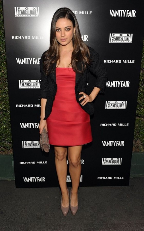 mila-kunis-the-hollywood-reporter-big-10-party-02