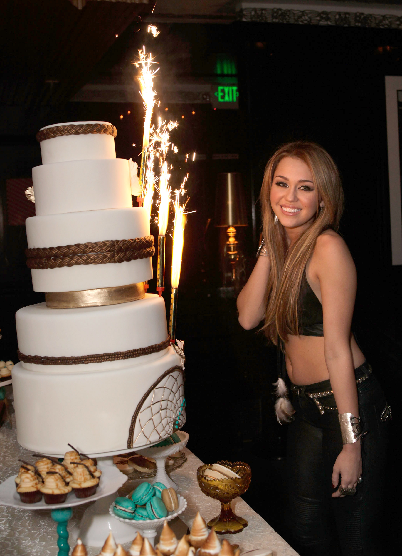 Miley Cyrus Cake Decorations
