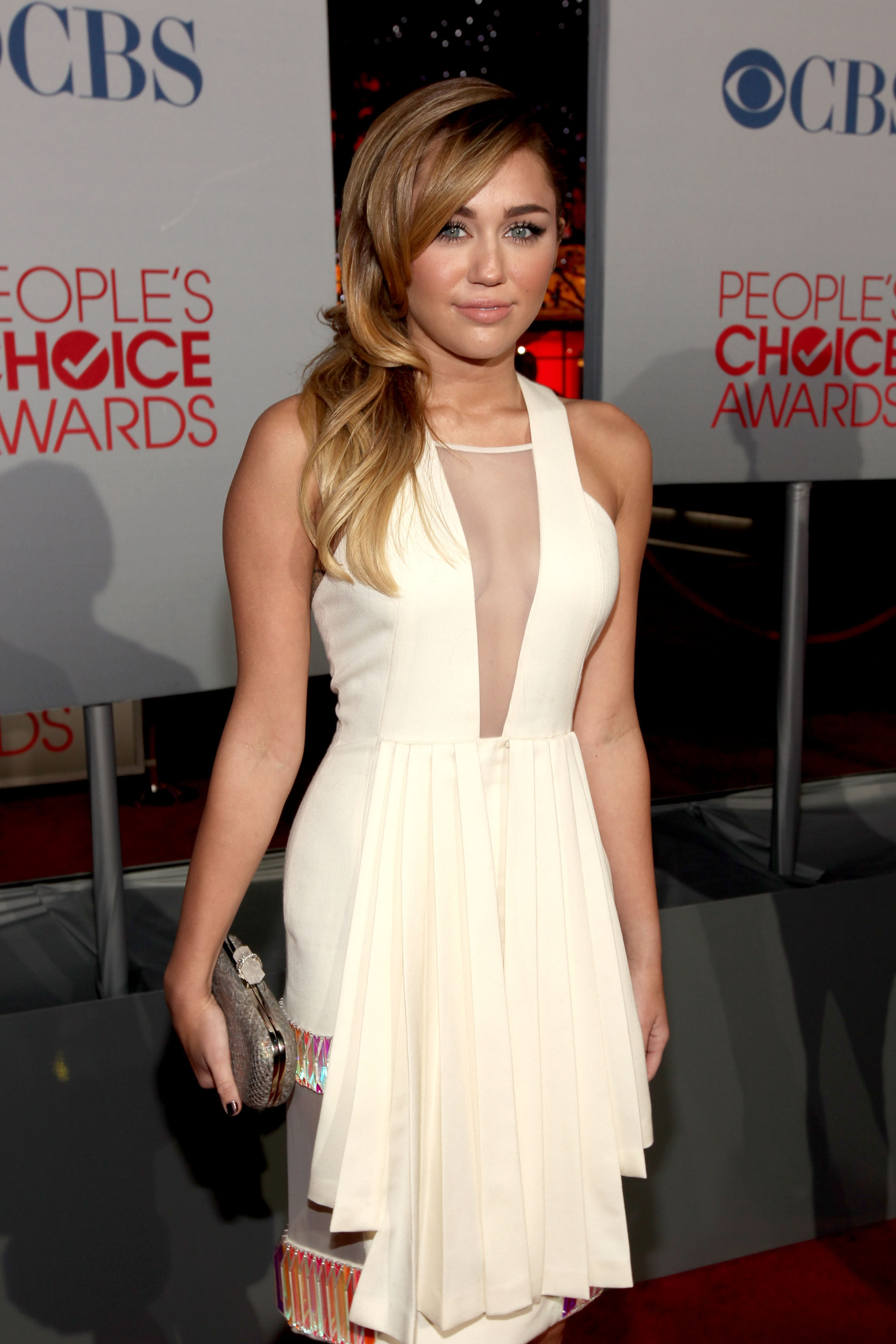 Miley Cyrus cleavy in white dress at 2012 Peoples Choice Awards-08 ...