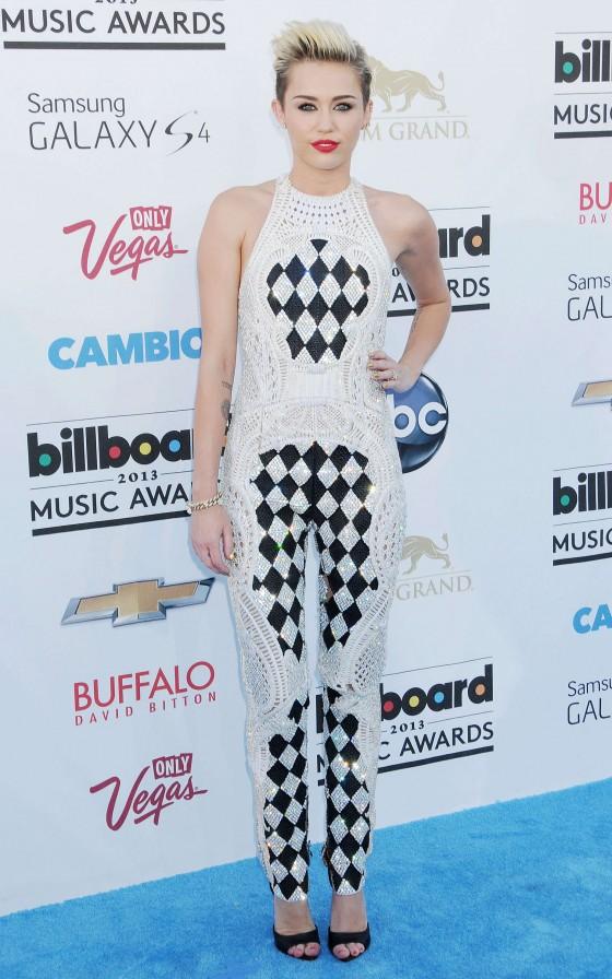 Miley Cyrus – 2013 Billboard Music Awards in Las Vegas -07