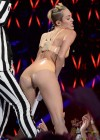 Miley Cyrus Pictures: MTV VMA 2013 HOT Performance