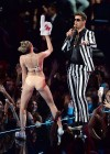 Miley Cyrus Pictures: HOT VMA 2013 MTV Performance -30