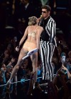 Miley Cyrus Pictures: HOT VMA 2013 MTV Performance -36
