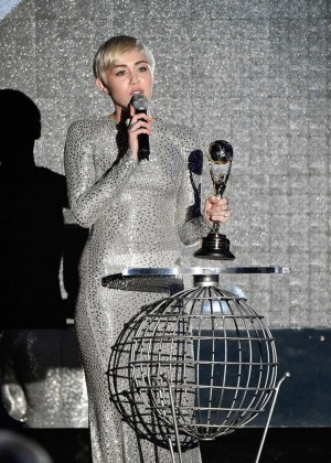 Miley Cyrus - 2014 World Music Awards in Monte Carlo -01