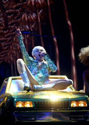 Miley Cyrus - Bangerz Tour at 02 Arena in London -06