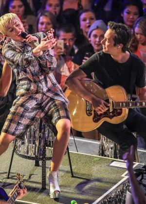 Miley Cyrus: Bangerz Tour in Washington -30