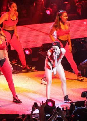 Miley Cyrus: Bangerz Tour in Washington -34