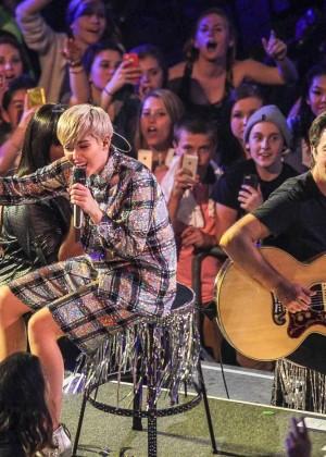 Miley Cyrus: Bangerz Tour in Washington -36