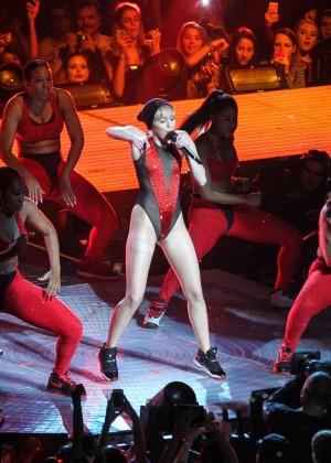 Miley Cyrus: Bangerz Tour in Washington -37