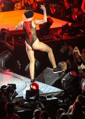 Miley Cyrus: Bangerz Tour in Washington -48