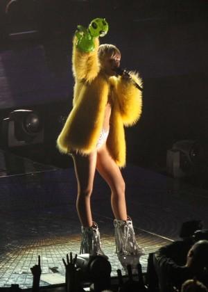 Miley Cyrus: Bangerz Tour in Washington -57