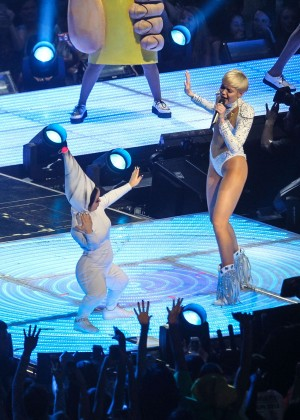 Miley Cyrus: Bangerz Tour in Washington -65
