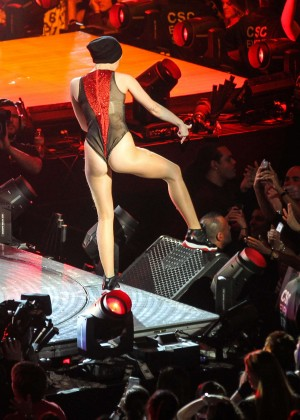 Miley Cyrus: Bangerz Tour in Washington -68