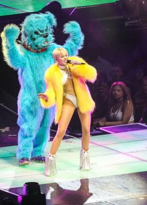 Miley Cyrus: Bangerz Tour in Washington -70